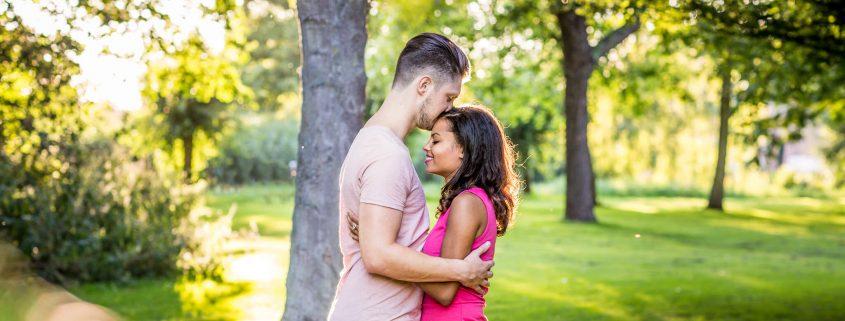 online dating Predator Signs